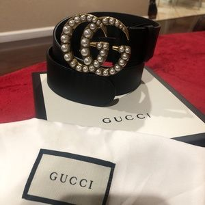 Gucci women's belt pearl